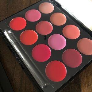ISH lip color palette